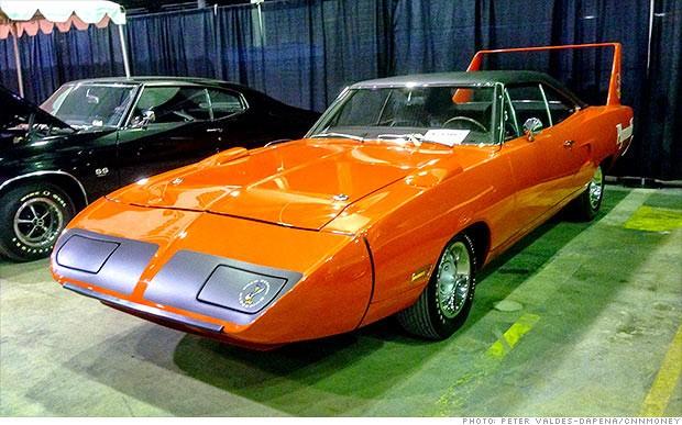 1970-Plymouth-Hemi-Superbird-1