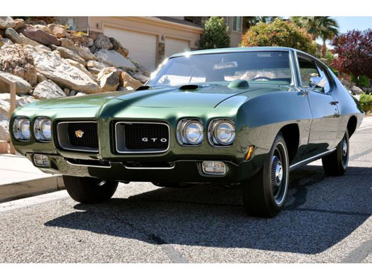 1970-Pontiac-GTO-Ram-Air-IV-1