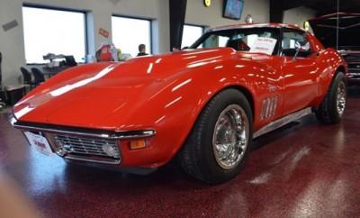 1969-Chevrolet-Corvette-Stingray-11