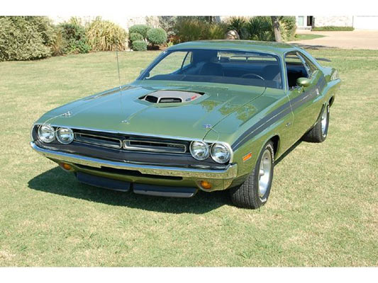 1971-Dodge-Challenger-Hemi-11