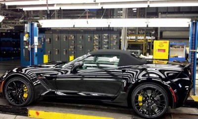 Mary-Barra,-GM-CEO,-Receives-Awesome-Corvette-Z06-12