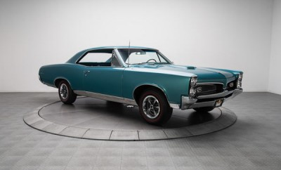 1967-Pontiac-GTO-11