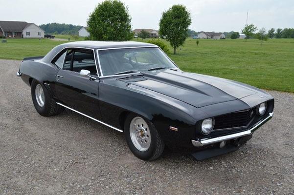 1969-Chevrolet-Camaro-Z28-1
