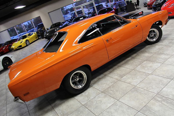 1969-Plymouth-Road-Runner-1246546