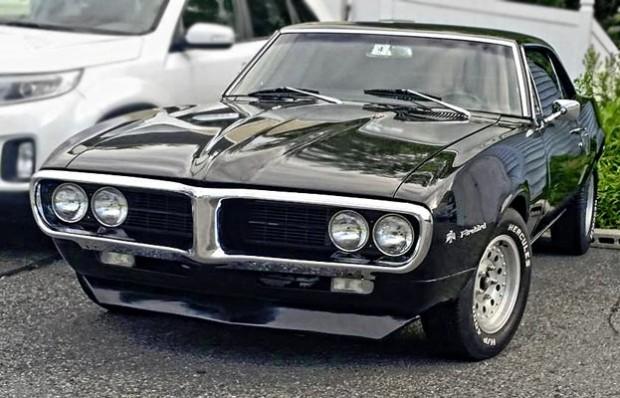 1967-Pontiac-firebird-Reader-Greatness1231