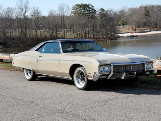 1970-Buick-Riviera-GS-Coupe-56y7ry