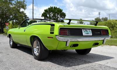 1970-Plymouth-Barracuda-HEMI