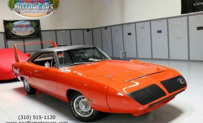 1970-Plymouth-Road-Runner-Superbird-145656