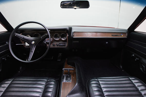 1971-Plymouth-Road-Runner-016