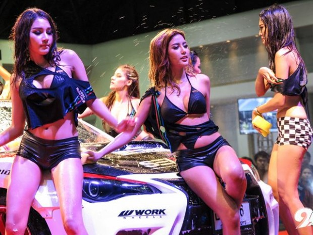 Bangkok Auto Show Gets Wet-16576575672