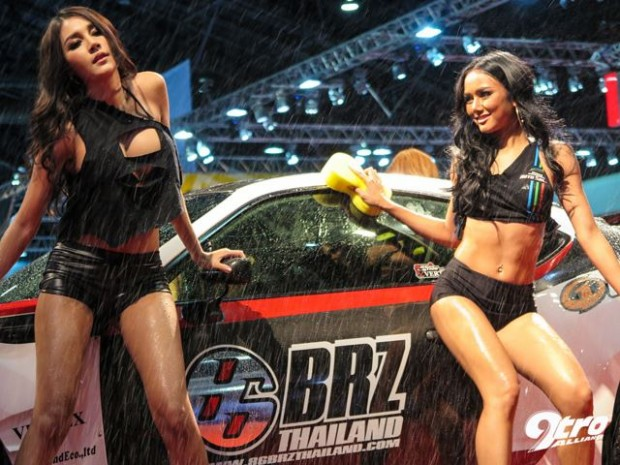 Bangkok Auto Show Gets Wet-16576575671