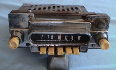 1962 Ford Falcon Radio