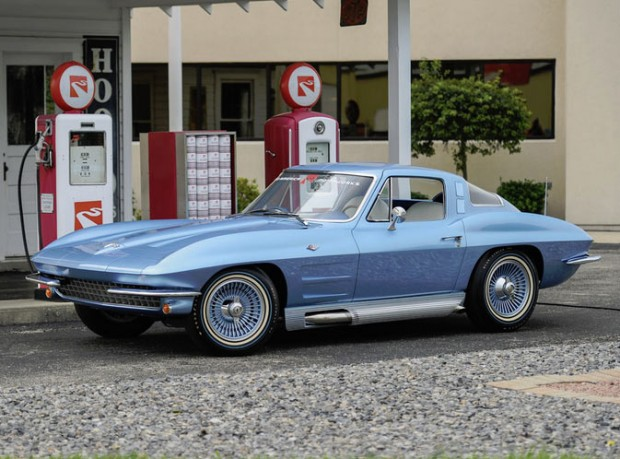 1964-Chevrolet-Corvette-Sting-Ray5