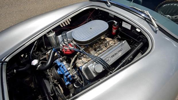 1967-Shelby-Cobra-Replica1
