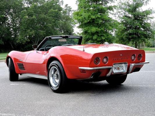 1972-Chevrolet-Corvette-Stingray-165