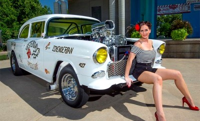 1955-Chevrolet-Bel-Air-Girl-121