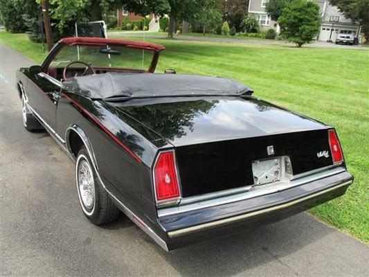 A-1983-Chevrolet-Monte-Carlo-Convertible-1768686