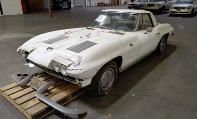1963-Chevrolet-Corvette-Convertible-6765564
