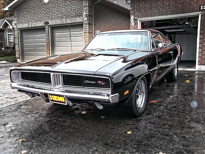 pick of the day 1969 charger r t 426 hemi in new hellcat commercial muscle car. Black Bedroom Furniture Sets. Home Design Ideas