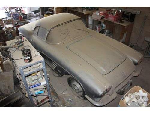 1961-Corvette-76868