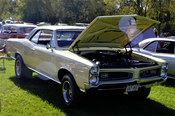 1966-Royal-Bobcat-build-12462