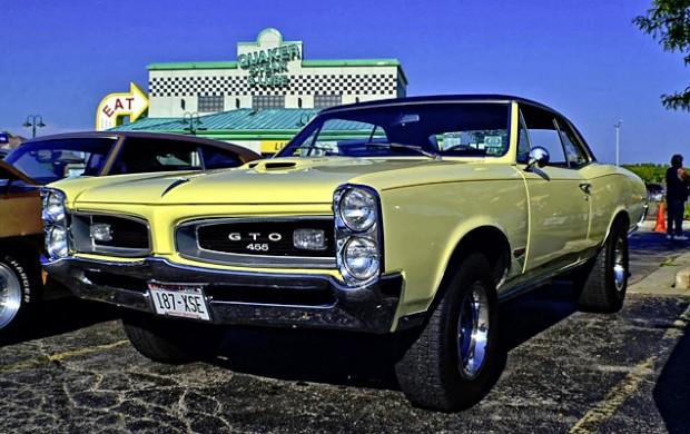 1966-Royal-Bobcat-build-12461