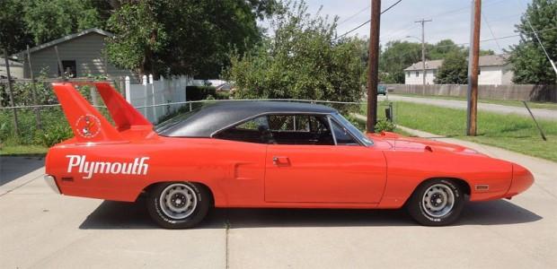 1970-Plymouth-Superbird-45654635