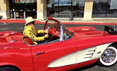 Santa-Red-Corvette-by-Thomas-Napoli-11