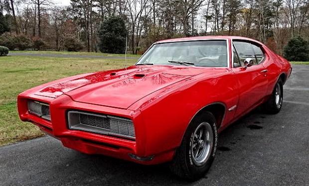 1968-Pontiac-GTO-13