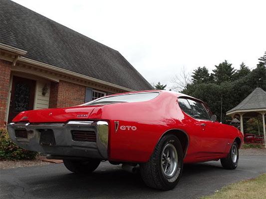 1968-Pontiac-GTO-12