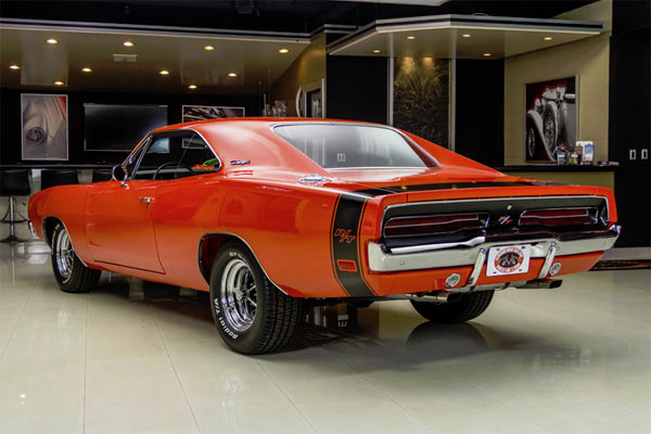 1969 Dodge Charger R/T 440ci: Immaculate Condition. - Muscle Car