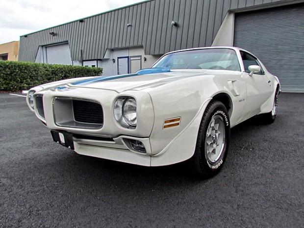 1971-Pontiac-Firebird--12