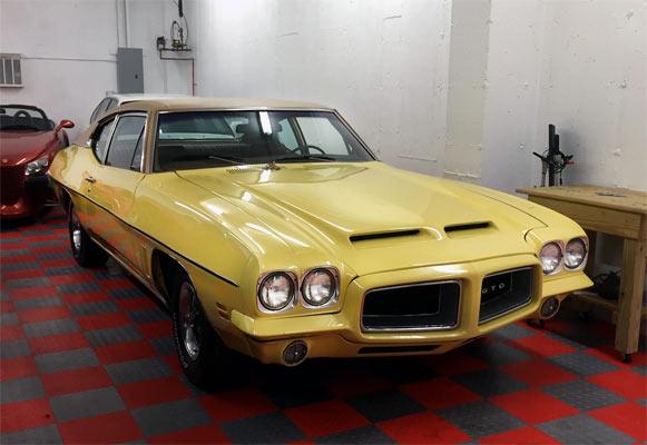 1972-Pontiac-GTO-455-12