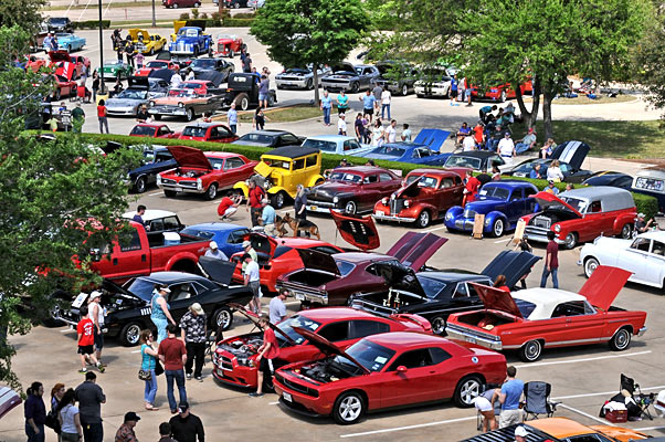 Car-Show-Blues-35345