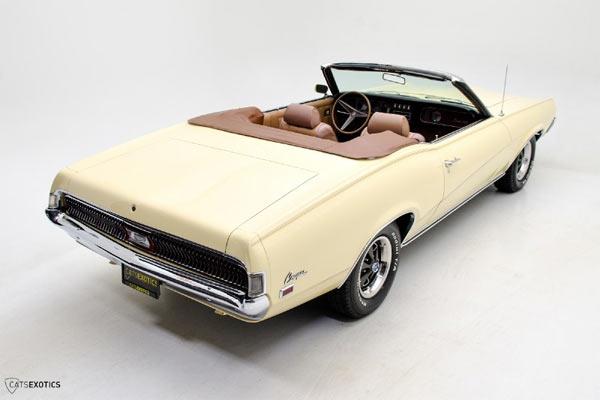 1969-Mercury-Cougar-XR-7-Convertible-12