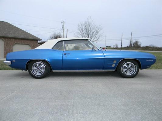 1969-Pontiac-Firebird-12