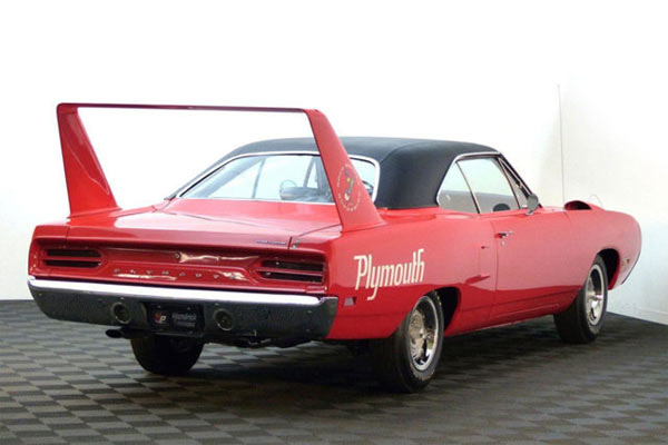 1970-Plymouth-Road-Runner-Superbird-1456