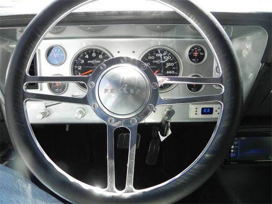 1972-Chevrolet-Nova-13