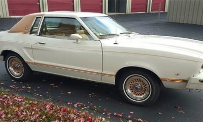 1978-Ford-Mustang-II-Ghia-1484