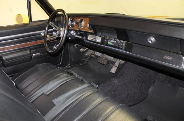 1970-Oldsmobile-Cutlass-Rallye-350-6578665754564