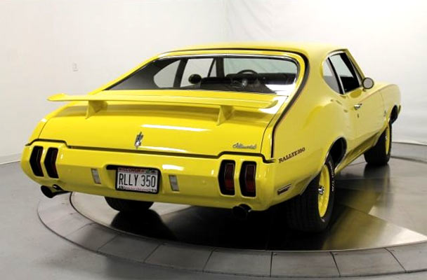 1970-Oldsmobile-Cutlass-Rallye-350-6578665755465