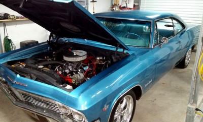 1965-Chevrolet-Impala-SS-12