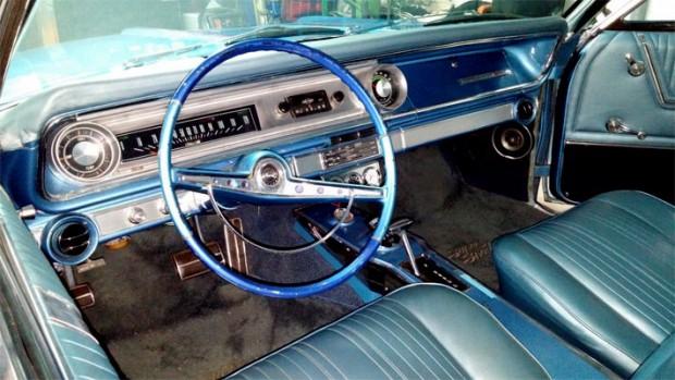 1965-Chevrolet-Impala-SS-16