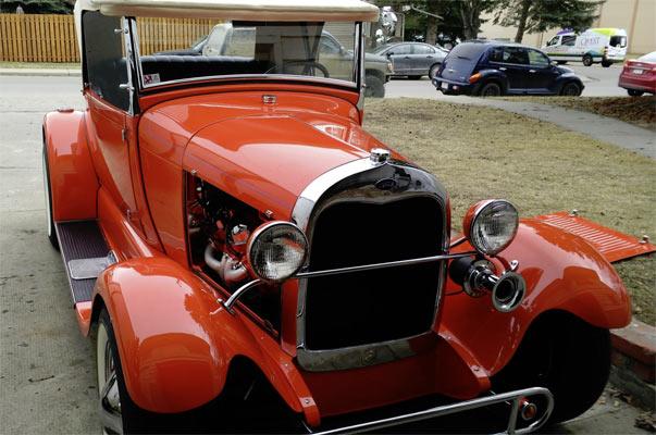 1929-Family-Hot-Rod-Model-A--13