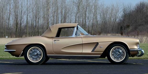 1962-Chevrolet-Corvette-65782