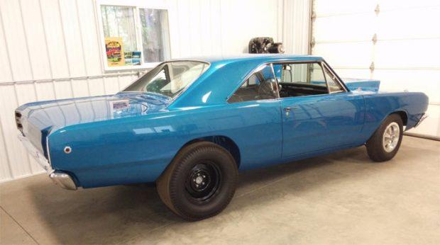 1968-Dodge-Hemi-Dart-152