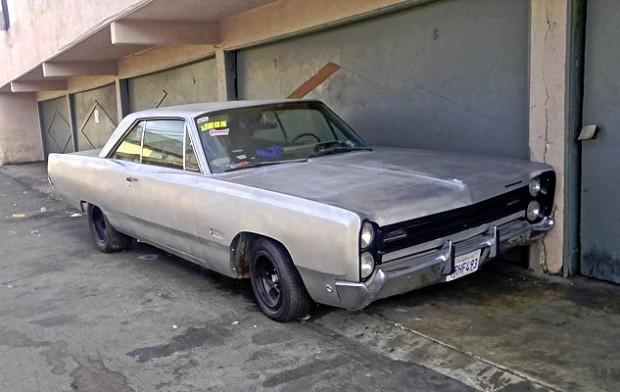 1968-Plymouth-fury-III-12356