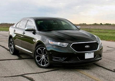 2015-Ford-Taurus-SHO-8768