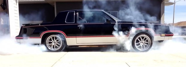 AWD-Chained-Cutlass-Burnout-6783456