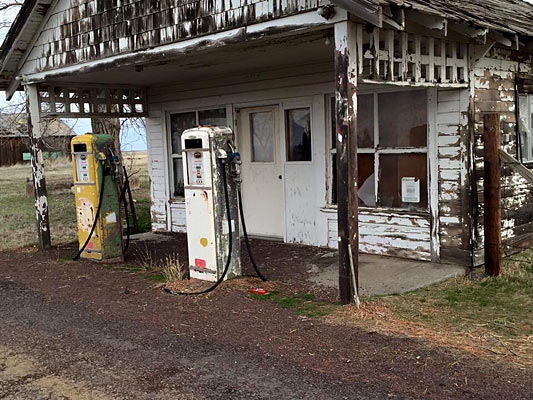 Car Talk: The Old Filling Stations - Muscle Car